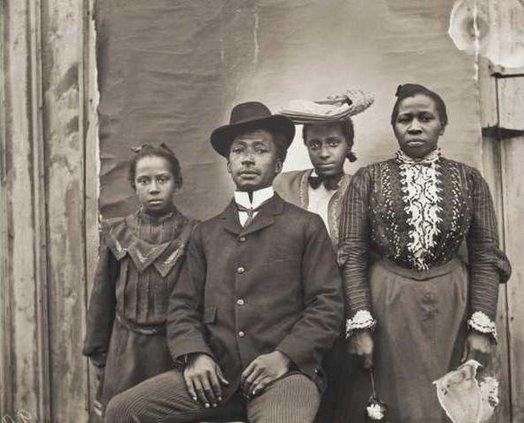 Family Portrait Web