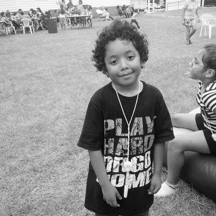 Kid at Hispanic Festival - Web