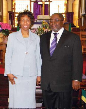 Rev  and Mrs  Larry McCutcheon PP WEB