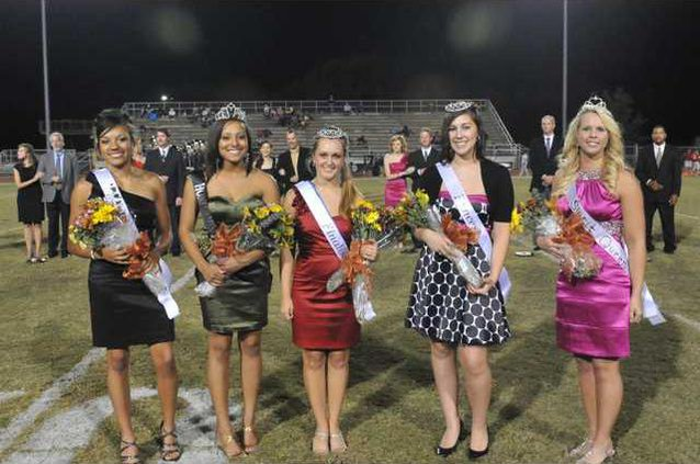 LEHS Homecoming Court .JPG