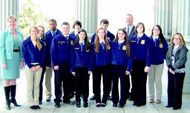 FFA students at state legislature 2014