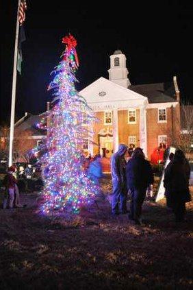 City Hall tree lighting .JPG