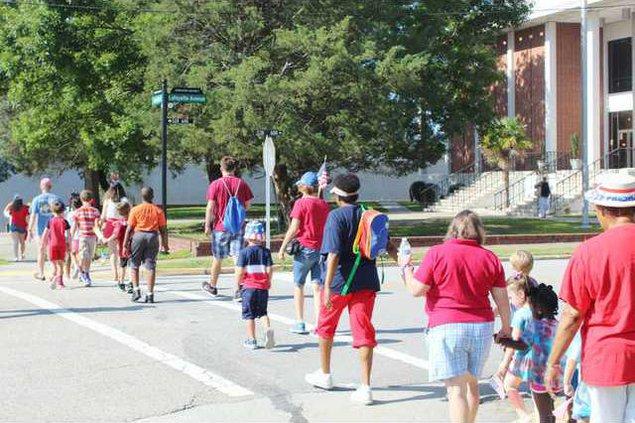 First Baptist Parade Web