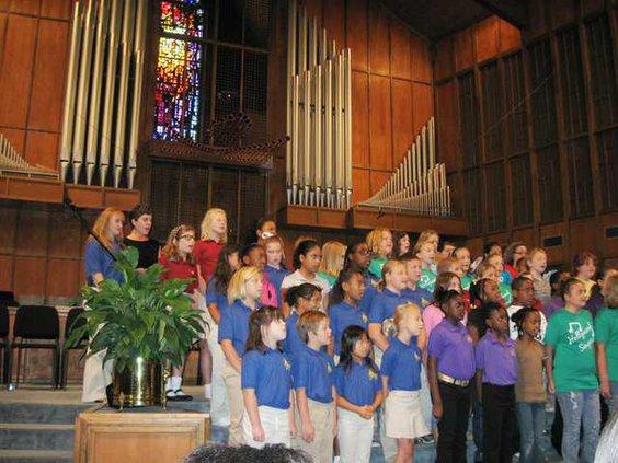 DMES -- Choraliers.JPG