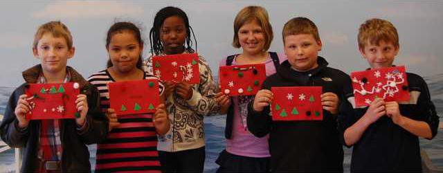 DMES -- Holiday Cards for Soldiers.JPG