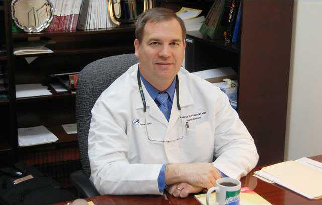 Dr. Piasecki