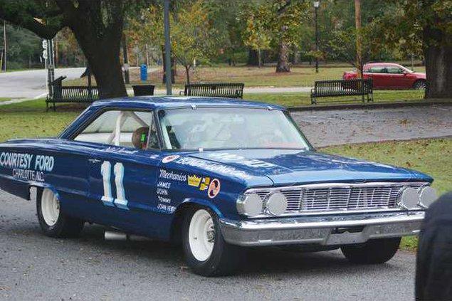 NASCAR - Car