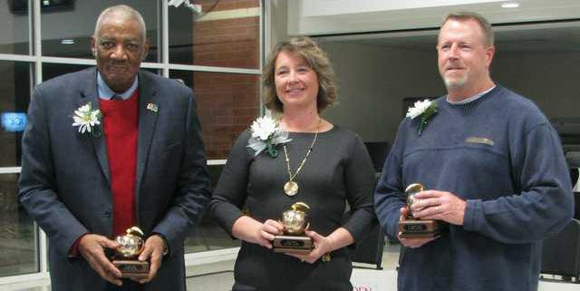 Trustees honored.JPG